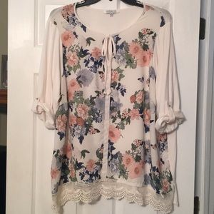 Floral 2XL Tunic 3/4 Roll Sleeves